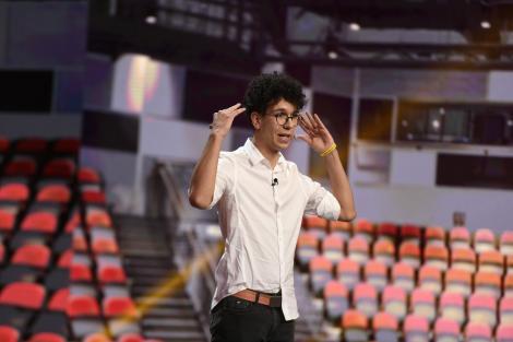 iUmor, 7 aprilie 2021. Ștefan Creangă, cel mai tânăr concurent de la iUmor, l-a provocat pe Cheloo să vorbească germana