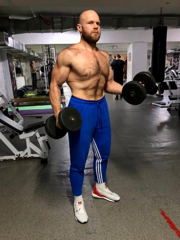 Denis Shevchenko, poză realizată în sala de sport, după ce a slăbit 90 de kilograme