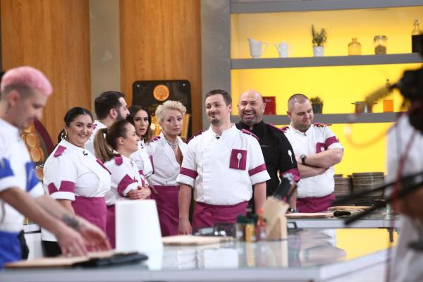 Echipa lui Chef Cătălin Scărlătescu