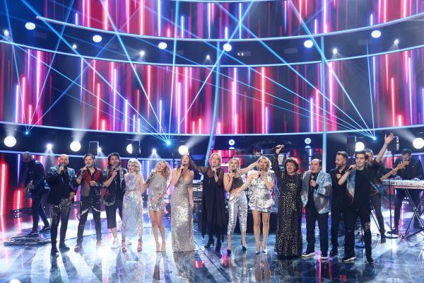 Concurenții sezonului 16, alături de Lulu și Ruxi, în Finala Te cunosc de undeva