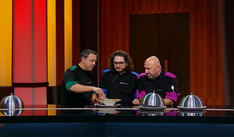 "Jurații emisiunii ""Chefi la cuțite"" la degustare"