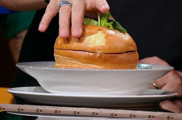 rețeta de tocăniță în paine a victorinei matveev