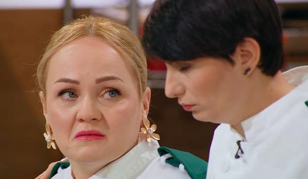 "Victorina Matveev in bucataria emisiunii ""Chefi la cuțite"""