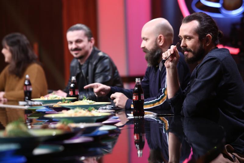 comedianții invitați sa deguste farfuriile din editia 36 din show-ul chefi la cutite