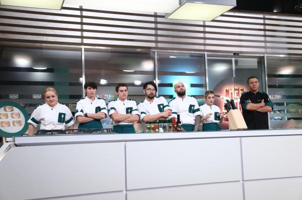 echipa verde in bucataria chefi la cutite, sezonul 9