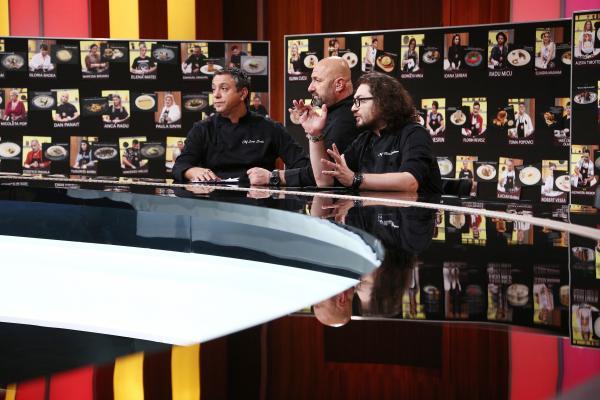 """Sorin Bontea, Florin Dumitrescu și Cătălin Scărlătescu în platoul emisiunii """"Chefi la cuțite"""", sezonul 9"""