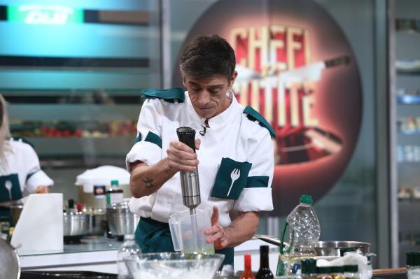 Francisco Garcia in bucataria chefi la cutite
