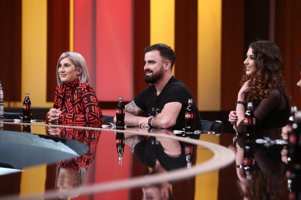"""Adda și Cătălin Rizea, soțul său, în platoul emisiunii """"Chefi la cuțite"""", sezonul 9"""