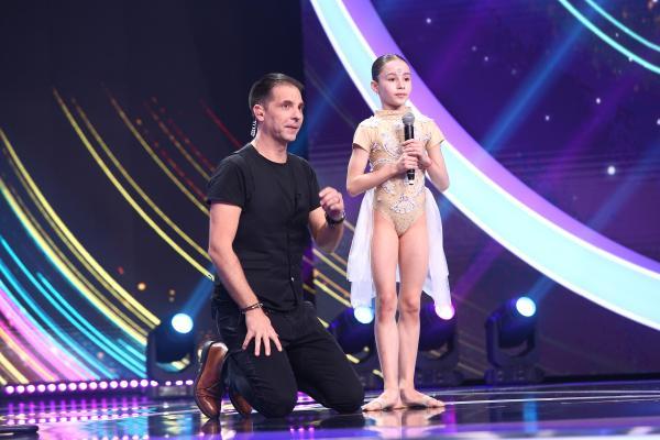 Maria Răducanu pe scenă, alături de Dan Negru