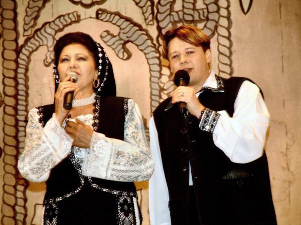 Irina Loghin și Fuego cântă împreună în Baia Mare
