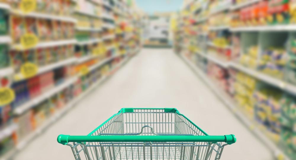 De ce nu sunt ferestre în supermarket. Motivele pentru care comercianții preferă lumina artificială