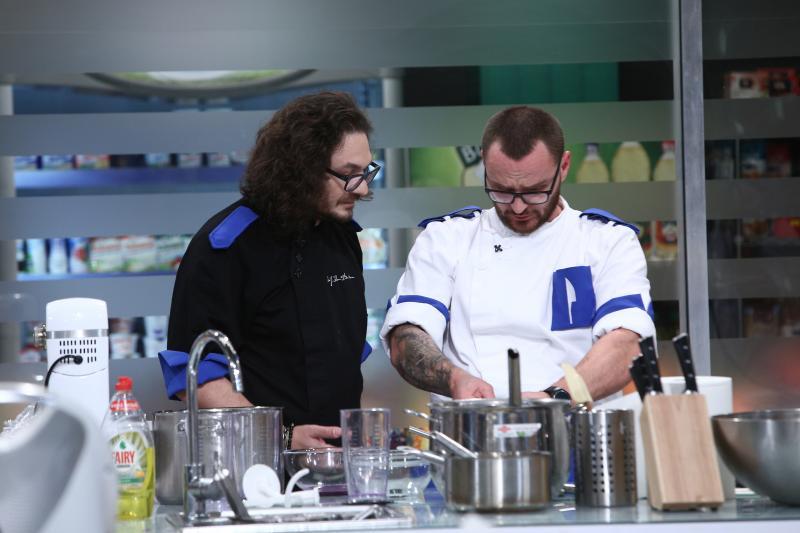 """Florin Dumitescu și Cătălin Amarandei, în bucătăria """"Chefi la cuțite"""""""