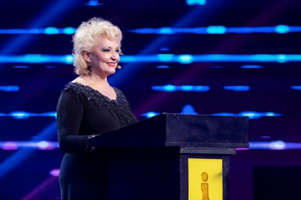 Mihaela Tatu pe scena iUmor