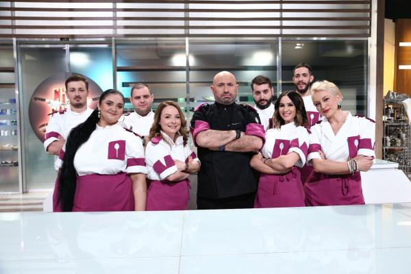 chef catalin scarlatescu alaturi de echipa de la chefi la cutite sezon 9