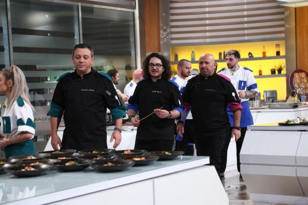Sorin Bontea, Florin Dumitrescu și Cătălin Scărlătescu in bucataria chefi la cutite, sezonul 9