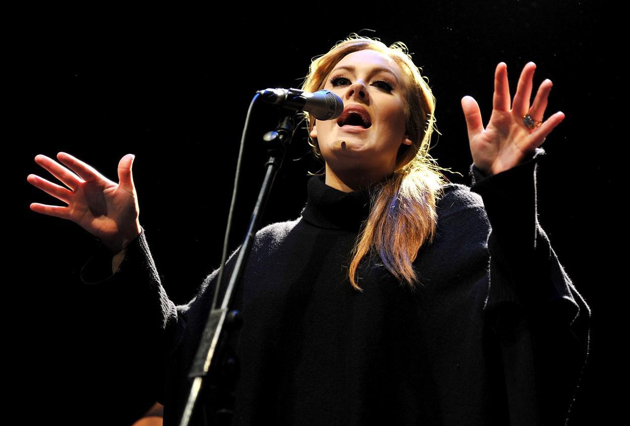 Adele, fotografia fără machiaj care a atras atenția fanilor. Cum arată diva la 33 de ani|EpicNews