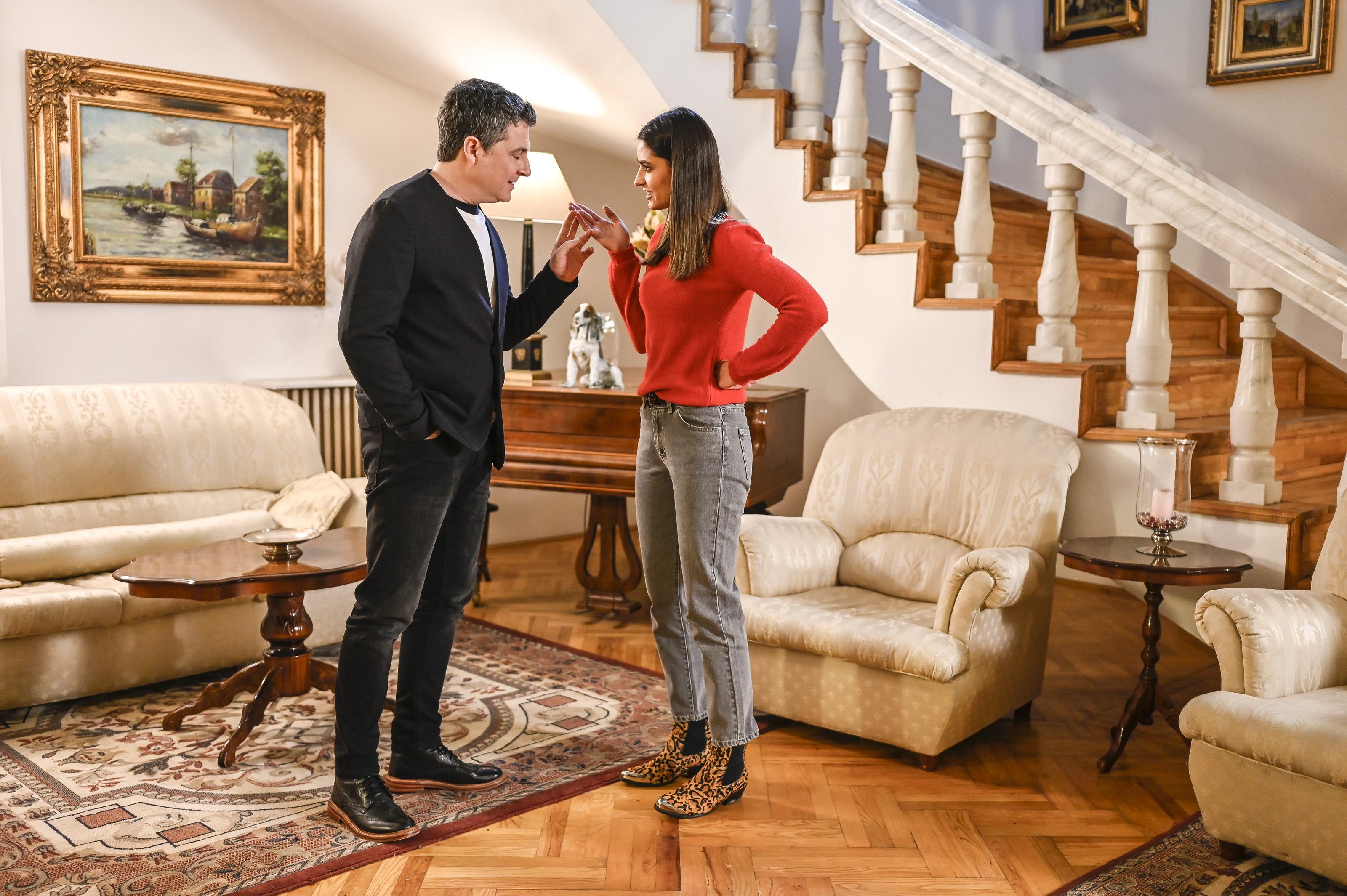 """Serial Adela, episodul 33 si episodul 34, din 6 mai 2021. Paul Andronic către Andreea: """"Nu se lipește nimic de tine"""""""