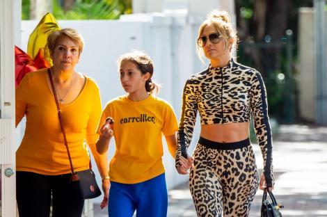 Jennifer Lopez se mândrește cu mama ei. Cum arată femeia de la care a moștenit frumoasele trăsături
