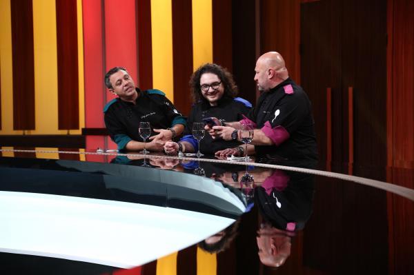 Chef Sorin Bontea, chef Florin Dumitrescu și chef Cătălin Scărlătescu, la Chefi la cuțite