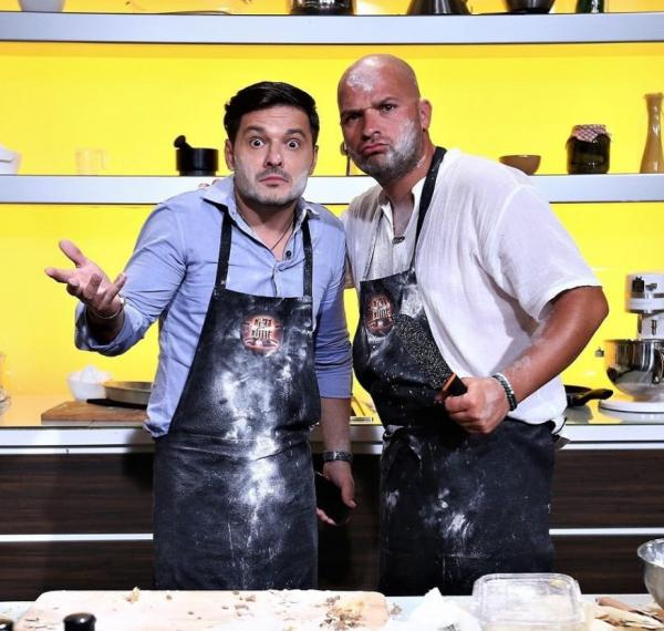 Liviu Vârciu și Andrei Ștefănescu, murdari de făină la Chefi la cuțite