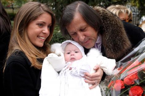 Ilie Năstase și micuța Alessia, în 2003
