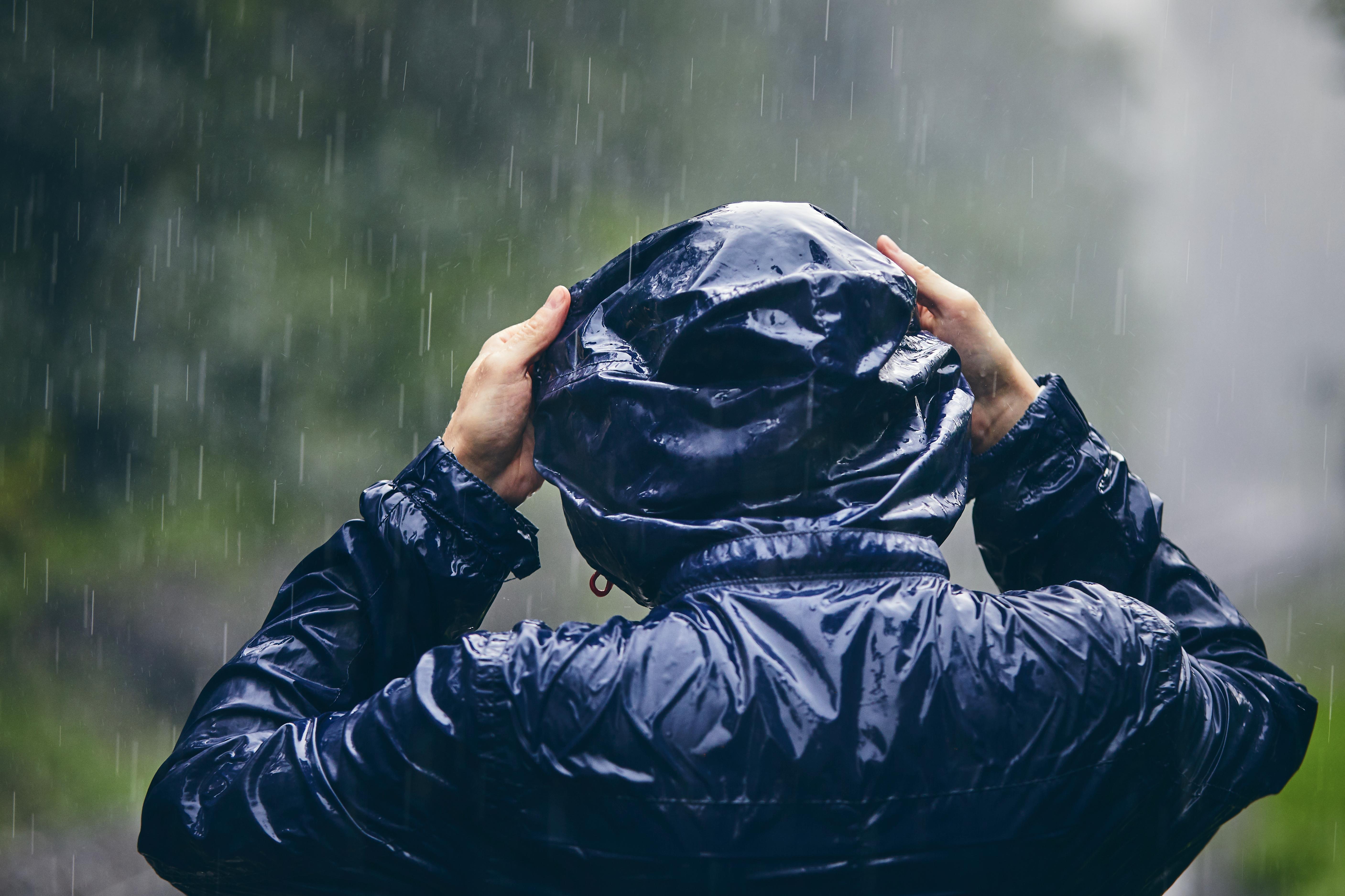 Cum va fi vremea în luna iulie 2021. Meteorologii au anunțat când scăpăm de ploile torențiale care au acaparat prima lună de vară