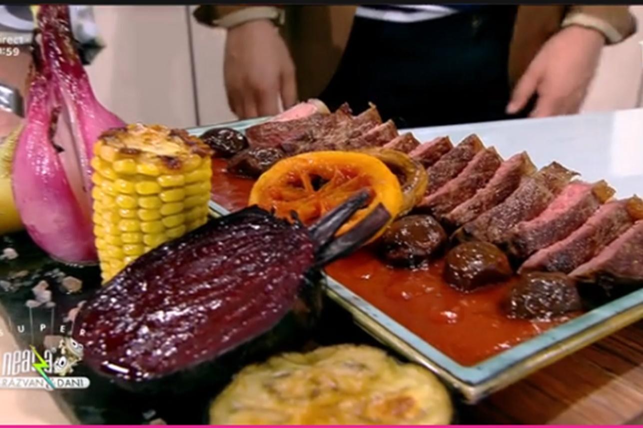 Friptură de vită în sos de roșii cu măsline și legume coapte, rețeta lui Vlăduț de la Neatza cu Răzvan și Dani