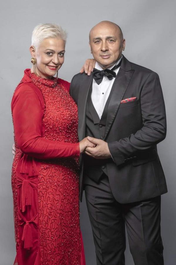 Monica Anghel și Marcel Pavel, fotografie de promovare a emisiunii Te cunosc de undeva
