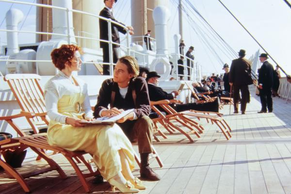 Leonardo DiCaprio și Kate Winslet, în timpul filmărilor pentru Titanic