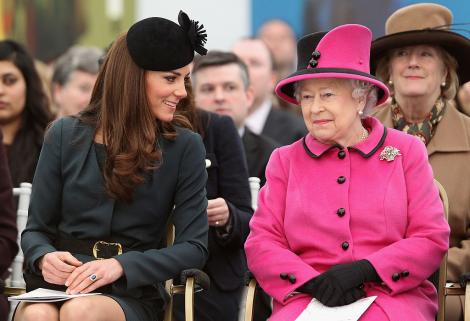 Kate Middleton și Regina Elisabeta a II-a, în Anglia, 2021