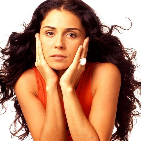 Jade din Clona, una dintre cele mai sexi actrițe, ipostază provocatoare la 45 ani. Cum arată Giovanna Antonelli cu decolteu abisal