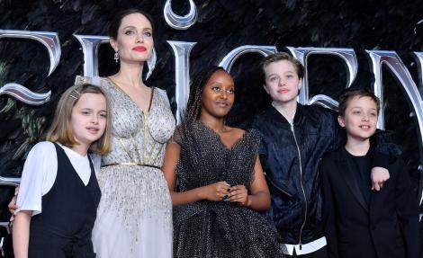 Shiloh Jolie-Pitt, cea mai recentă apariție în public. Cum a fost pozată tânăra de 15 ani
