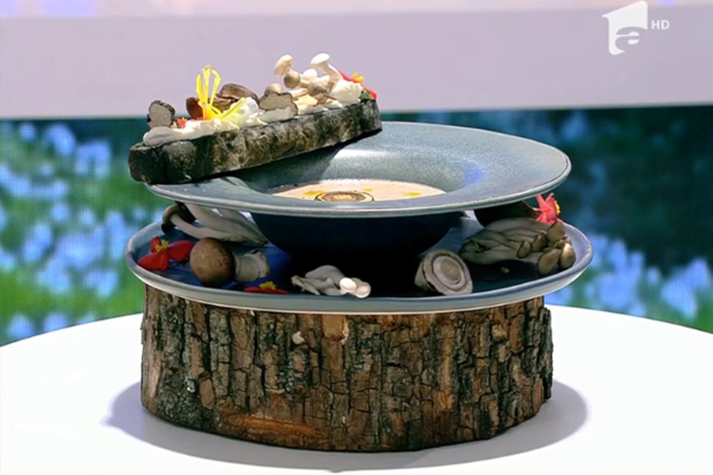 Supă cremă din mai multe tipuri de ciuperci, rețeta lui Vlăduț de la Neatza cu Răzvan și Dani
