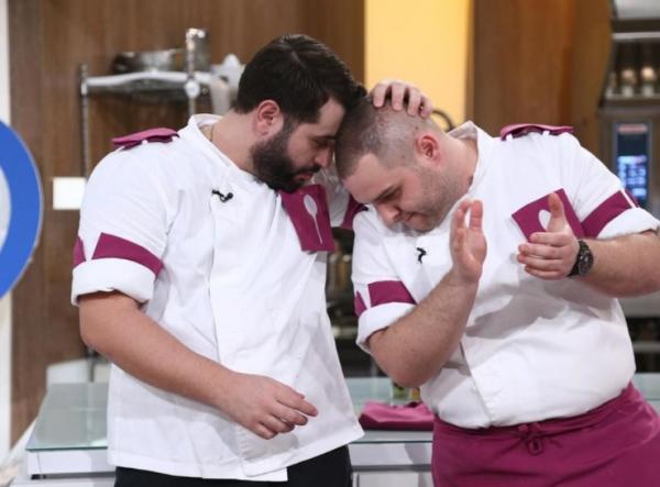 Vicenzzo Aiello alături Alexandru Bădițoaia, după eliminarea italianului de la Chefi la cuțite , battle 14
