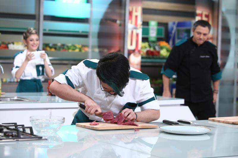 "Rikito Watanabe la ""Chefi la cuțite"""