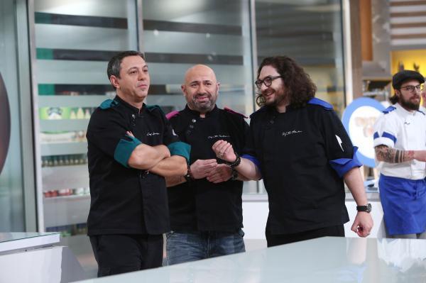 cei trei chefi in bucataria din sezonul 9 chefi la cutite