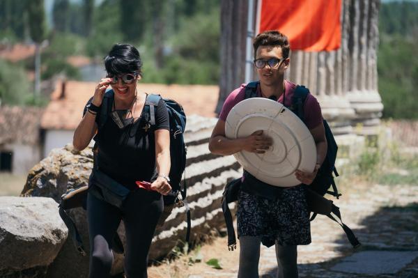 Patrizia Paglieri și Francy , într-o misiune, în Asia Express