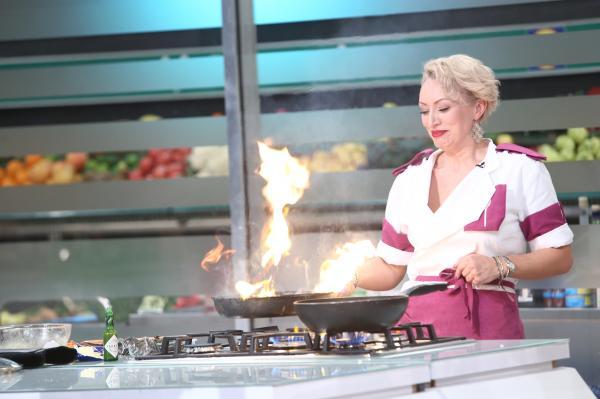nicoleta pop gatind la chefi la cuțite sezonul 9