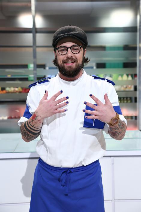 """Ciprian Antone de la """"Chefi la cuțite"""" și-a făcut o schimbare radicală de look! Cum arată acum"""