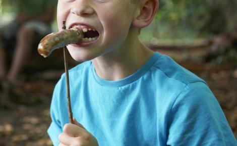Un băiat a mâncat doar cârnați timp de 15 ani. Cum arată azi Ben Simpson