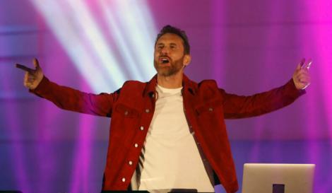 Iubita lui David Guetta a impresionat în costum de baie. Cum a fost fotografiată Jessica Ledon