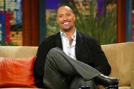 """Dwayne """"The Rock"""" Johnson are o """"sosie"""". Cum arată polițistul care îi seamănă identic starului. Cei doi ar urma să se întâlnească"""