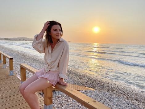"""Cristina Ciobănaşu a bifat o premieră în vacanţa din Corfu. """"Au existat câteva plângeri, dar am avut o scuză!"""""""