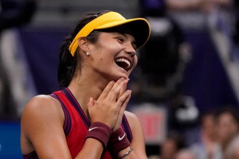 Emma Răducanu a ajuns în finala US Open 2021! Ce au scris jurnaliștii străini despre performanța jucătoarei de tenis cu tată român