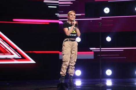"""X Factor 2021, 13 septembrie. Alexandra Ioana Bordei a impresionat juriul cu interpretarea piesei """"Dark Horse"""", de Katy Perry"""
