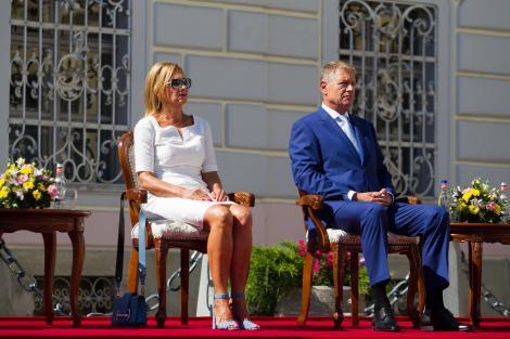 Carmen Iohannis, soția președintelui Klaus Iohannis, a atras privirile tuturor când a apărut așa în public