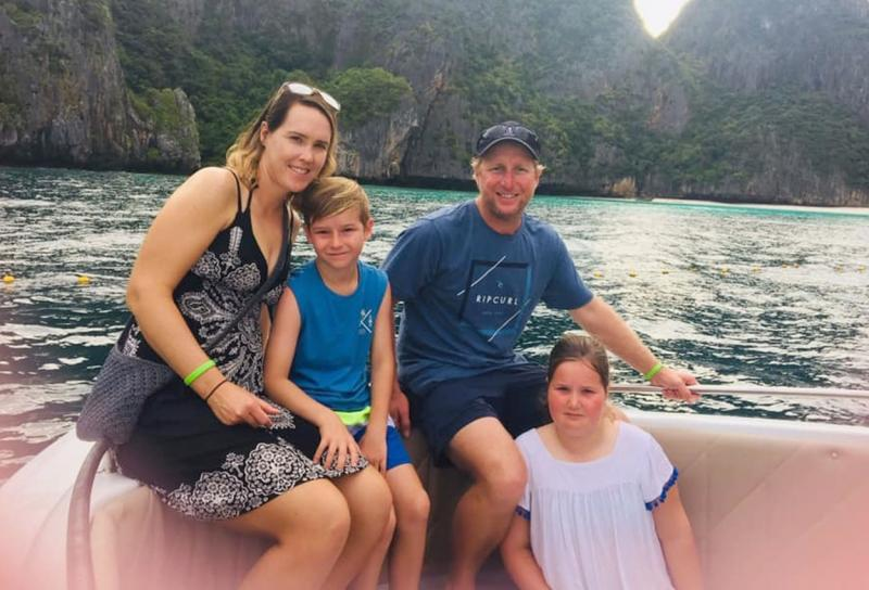 Jyah Ellott alături de mama, tatăl și sora sa