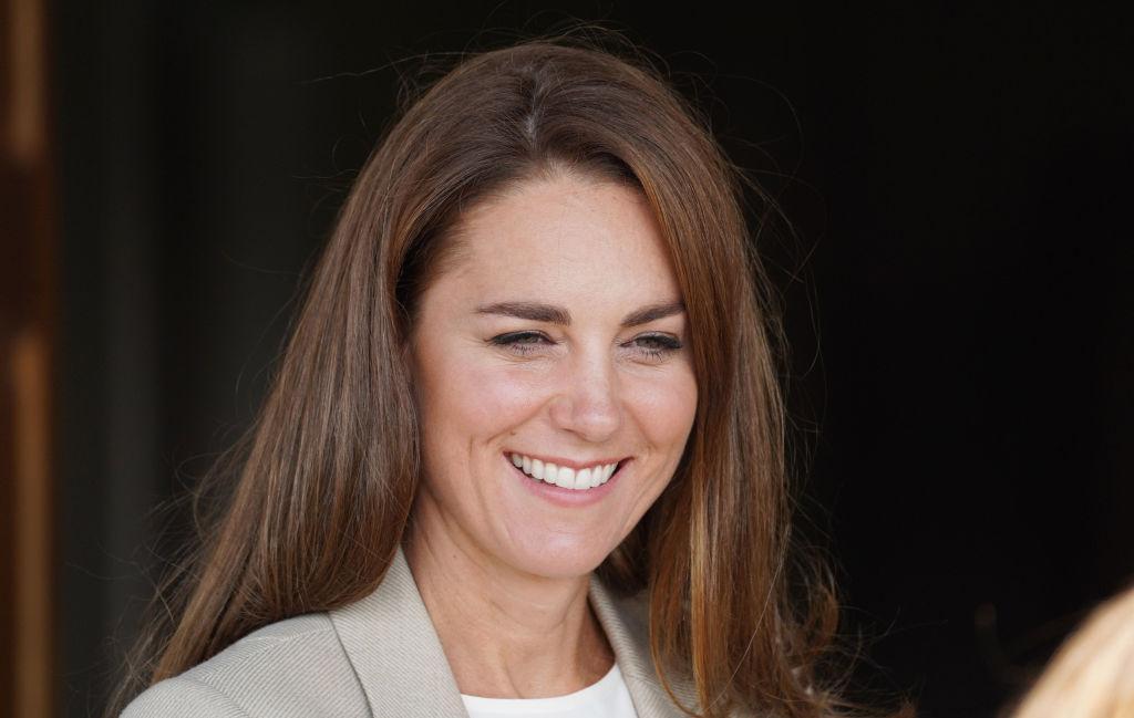 Kate Middleton, elegantă și zâmbitoare după două luni de absență. Cum a arătat Ducesa în prima ei apariţie de după vacanţa de vară|EpicNews