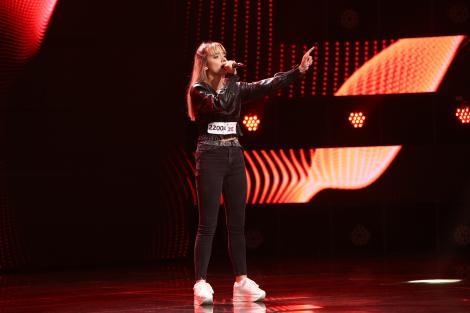 """X Factor 2021, 17 septembrie. Daria Peltea a făcut show la superlativ cu piesa """"Stand Up"""" a celebrei Cynthia Erivo"""