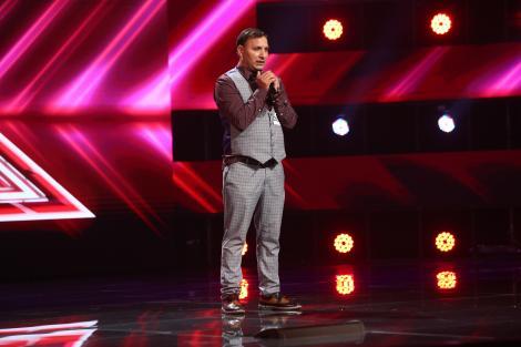 """X Factor 2021, 17 septembrie. Viorel Stănescu a dansat și a făcut show cu piesa """"Love Is All Around"""" a lui Dj Bobo. Ce a urmat"""